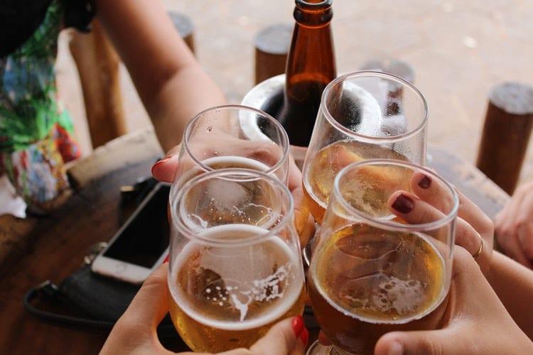 Alcoolismo: o que é e como curar