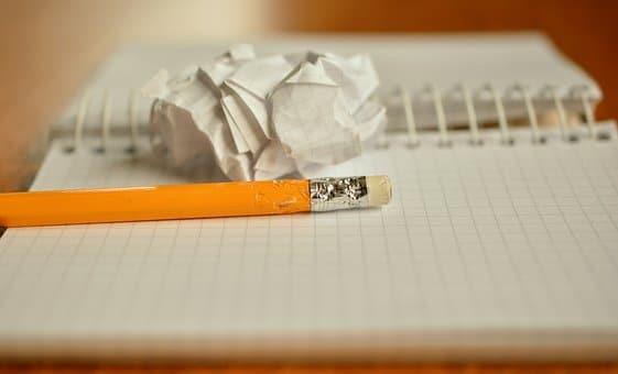 papel e lápis dissertação argumentativa