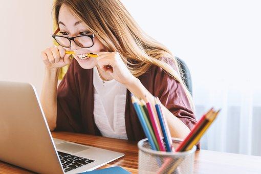 Como estudar sozinho em casa em 3 fases