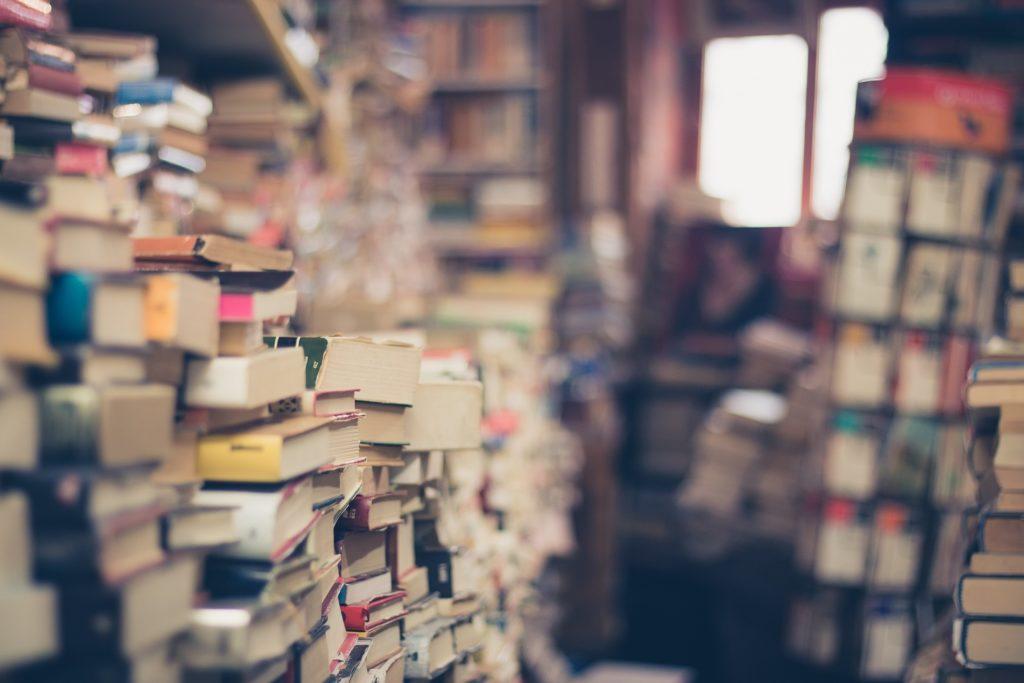 pilha de livros pegadinhas enem