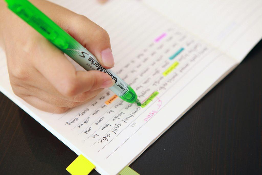 grifando cadernos tipos de predicado